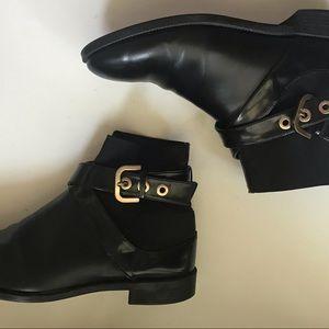 Trendy Zara boots black patent leather sz 8